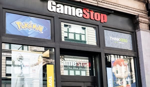 GameStop cuts costs to deal with plunge in console sales